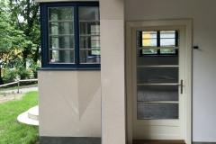 renovované okna, replika dveří